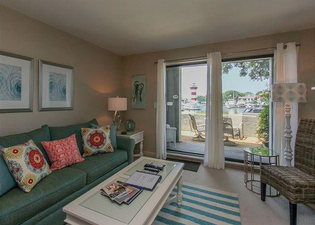 Living Area - 1022 Caravel Ct- Lighthouse View & Harbour Town - Hilton Head - rentals