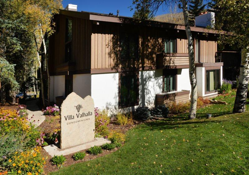 Located one block from the center of Vail Village with nearby Gold Peak and Gondola 1. - Image 1 - Vail - rentals