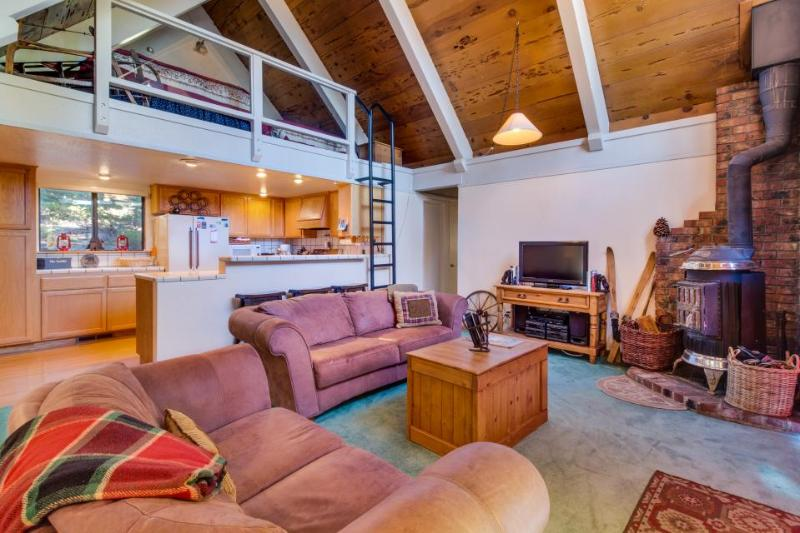 Ten minutes to Homewood for skiing, great for families! - Image 1 - Tahoe City - rentals