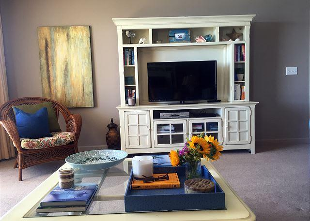 Living room - Spring Special 20% Off! Spectacular 2BR/2BA,  Gulf View Sleeps 7 - Destin - rentals