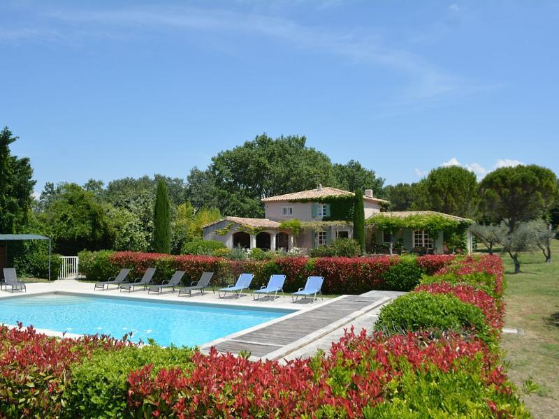 Mas Eygalieres Villa in Provence, St. Remy villa, holiday rental in St. Remy - Image 1 - Clugnat - rentals