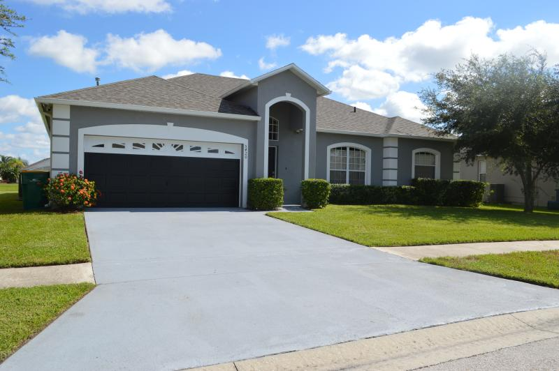 Disney Vacation Villa welcomes you! - Disney Vacation Villa with Lake View - Kissimmee - rentals
