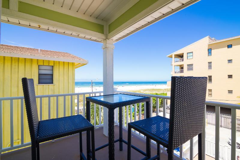 White Sands Beach House - 4 Bdrs - October Deals - Image 1 - Clearwater - rentals