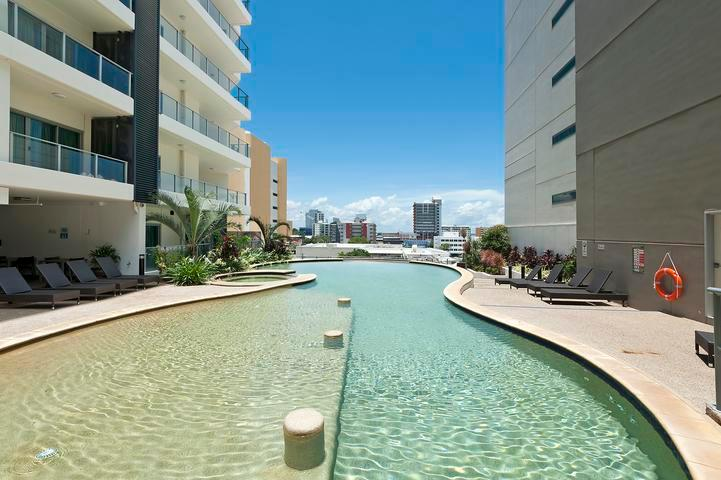Darwin Executive Suites & FREE CAR - 2 Bed Sleep 5 - Image 1 - Darwin - rentals