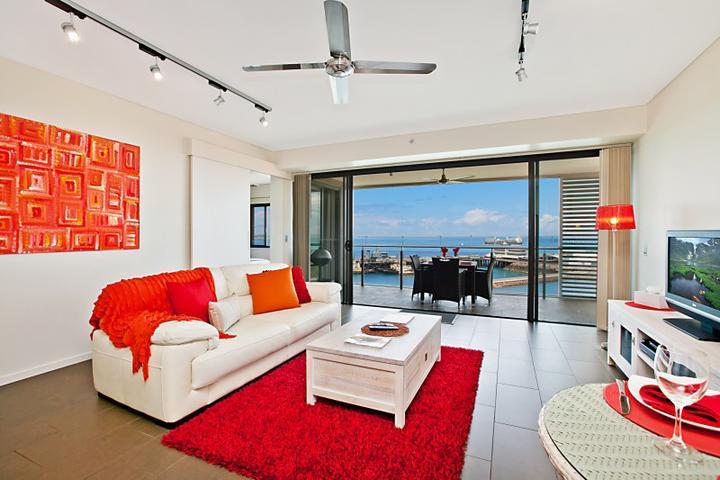 Darwin Waterfront Luxury Suites - 1 Bedroom Sleeps 3 - Image 1 - Darwin - rentals