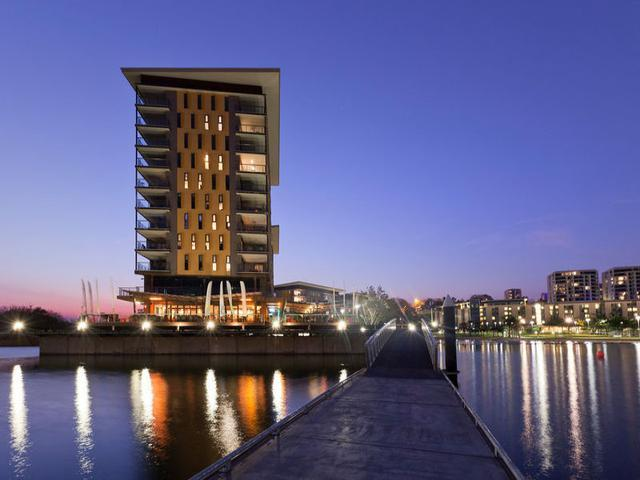 Darwin Waterfront Luxury Suites - 2 Bedroom Sleeps 5 - Image 1 - Darwin - rentals