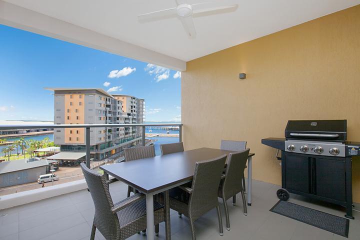 Saltwater Suites 2 Bed Lagoon Apartment - Sleeps 4 - Image 1 - Darwin - rentals