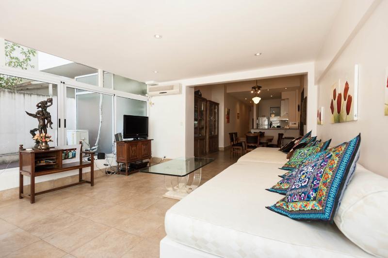 Living Room - Buenos Aires, Recoleta, garden, wifi, impeccable - Buenos Aires - rentals