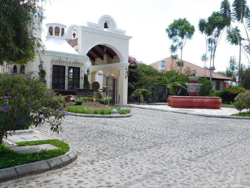 Entrance to Armed Guard Gated Complex - Casa De Mis Sueños - Antigua Guatemala - rentals