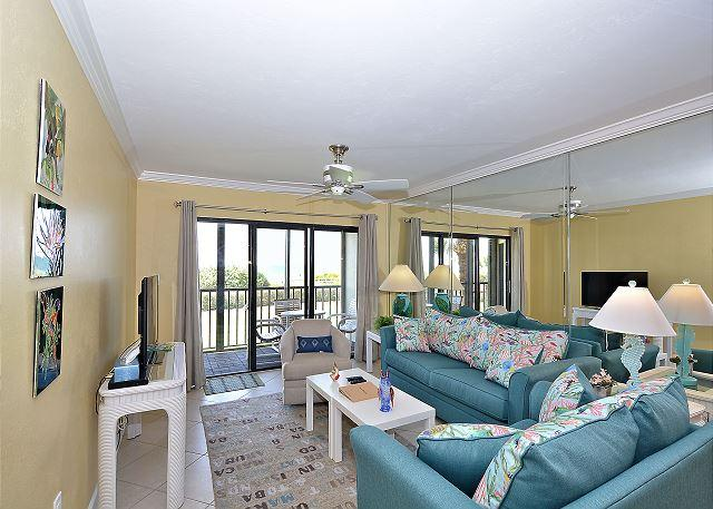 Living Area - Land's End #202 building 7 - Beach Front - Treasure Island - rentals