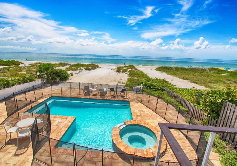 Sunshine's Hideaway - Beachfront Private Pool - - Image 1 - Indian Rocks Beach - rentals