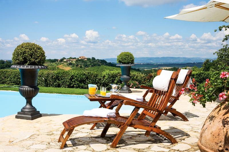 Villa Gaia, Sleeps 25 - Image 1 - Colle di Val d'Elsa - rentals