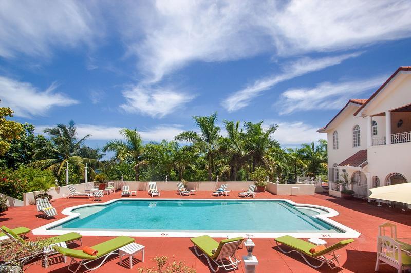 Summerhill Villa, Sleeps 18 - Image 1 - Montego Bay - rentals