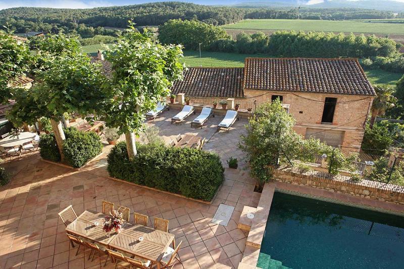 Castell Sant Mori, Sleeps 20 - Image 1 - Sant Mori - rentals