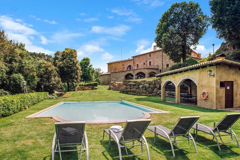El Munt, Sleeps 21 - Image 1 - Castelltercol - rentals