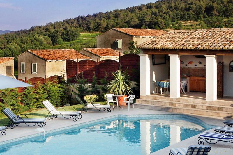Villa Norma, Sleeps 12 - Image 1 - Vaison-la-Romaine - rentals