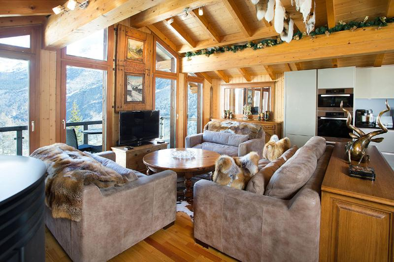 Stirling Luxury Chalet, Sleeps 8 - Image 1 - Saas-Fee - rentals