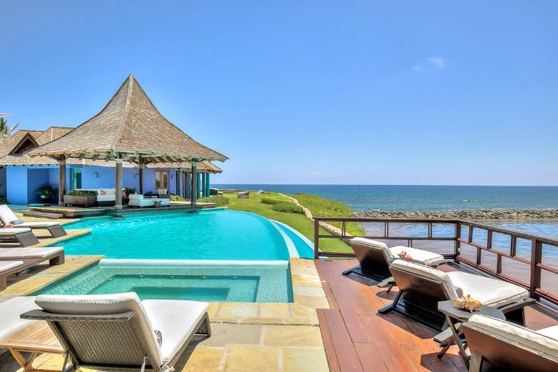 Villa Corales 28, Sleeps 14 - Image 1 - Punta Cana - rentals