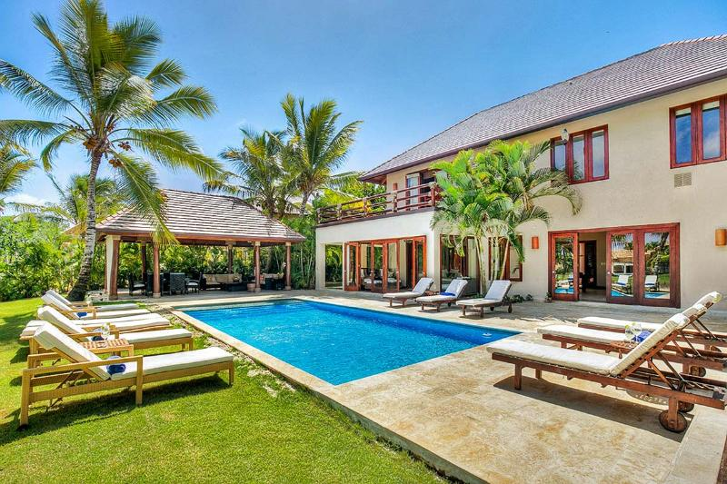Villa Jaguey 3, Sleeps 10 - Image 1 - Punta Cana - rentals