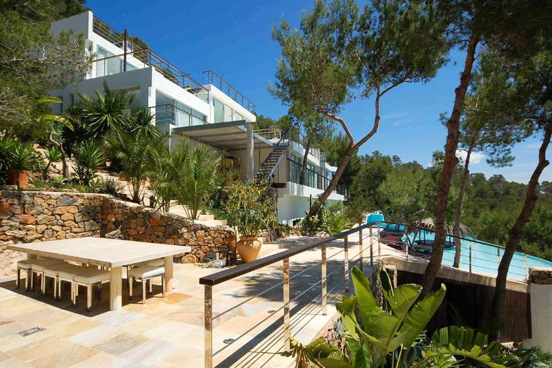 Villa Roca, Sleeps 16 - Image 1 - Sant Josep De Sa Talaia - rentals