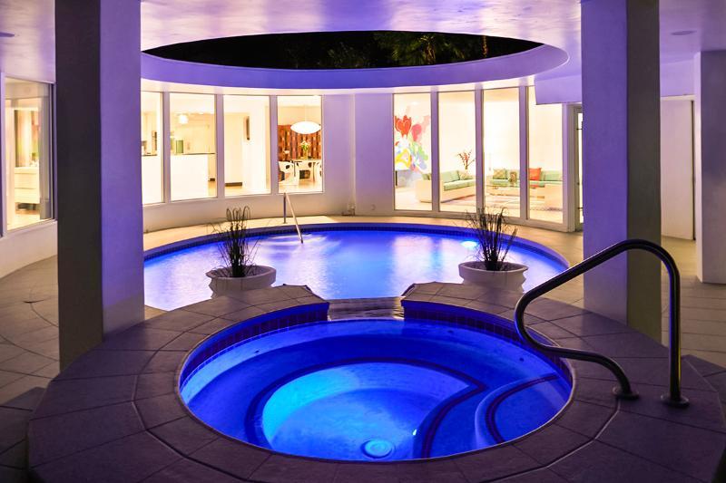 Skyfall, Sleeps 6 - Image 1 - Palm Springs - rentals
