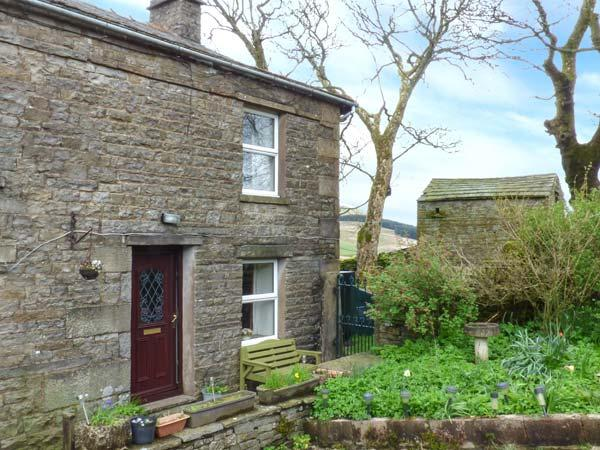 SYCAMORE COTTAGE, pet friendly, character holiday cottage, with a garden in Hawes, Ref 811 - Image 1 - Hawes - rentals