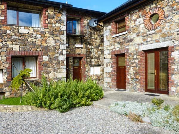 CHERRY LODGE first floor apartment, open plan living in Ashford Ref 923905 - Image 1 - Ashford - rentals