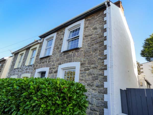 GRANITE HOUSE semi-detached, town centre, in Redruth Ref 927754 - Image 1 - Redruth - rentals