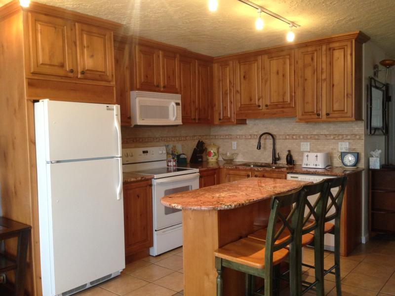 Kitchen - Modern Two Story Condo on the Creek - Hot Tub-Pool - Dillon - rentals