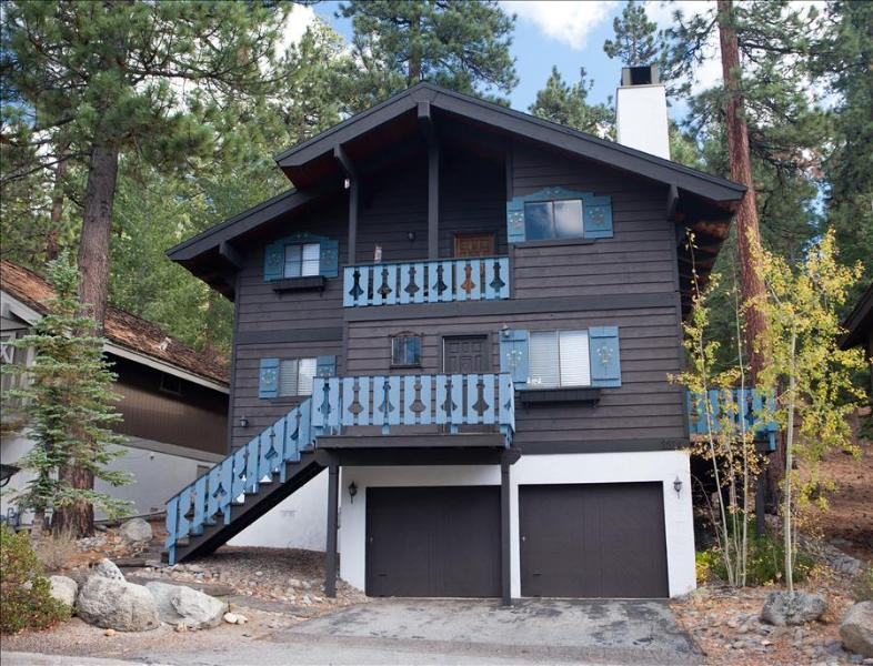 Tahoe Chalet – Authentic Chalet, Heavenly Valley, Grill, Wifi, Game Room - Image 1 - South Lake Tahoe - rentals