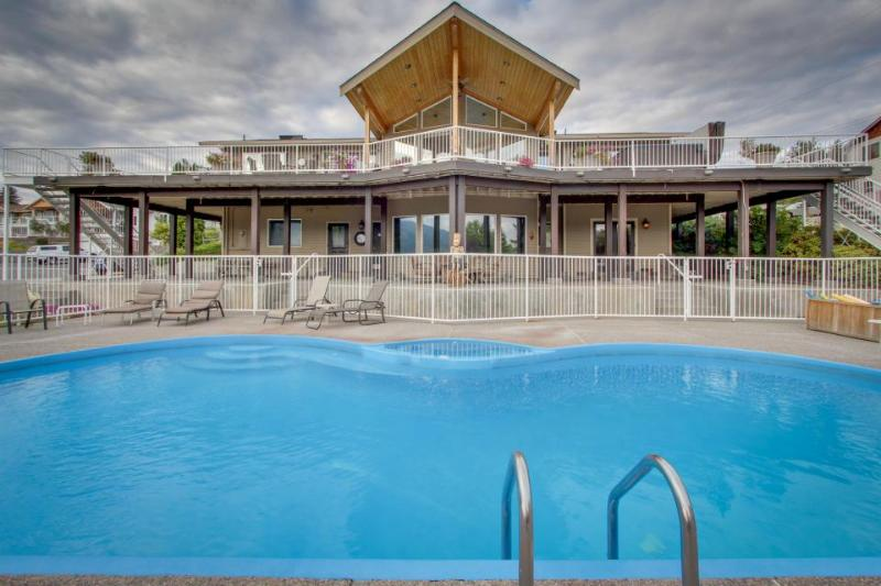 Contemporary family home w/private pool, hot tub, & more! - Image 1 - Manson - rentals