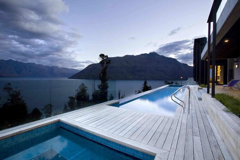 Queenstown Villa 655 - 3 Beds - New Zealand - Image 1 - New Zealand - rentals
