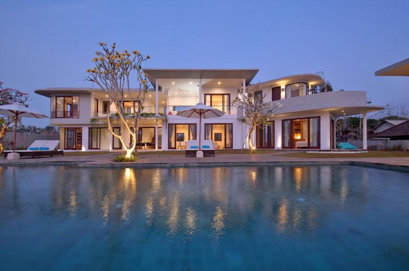 Jimbaran Villa 384 - 4 Beds - Bali - Image 1 - Jimbaran - rentals