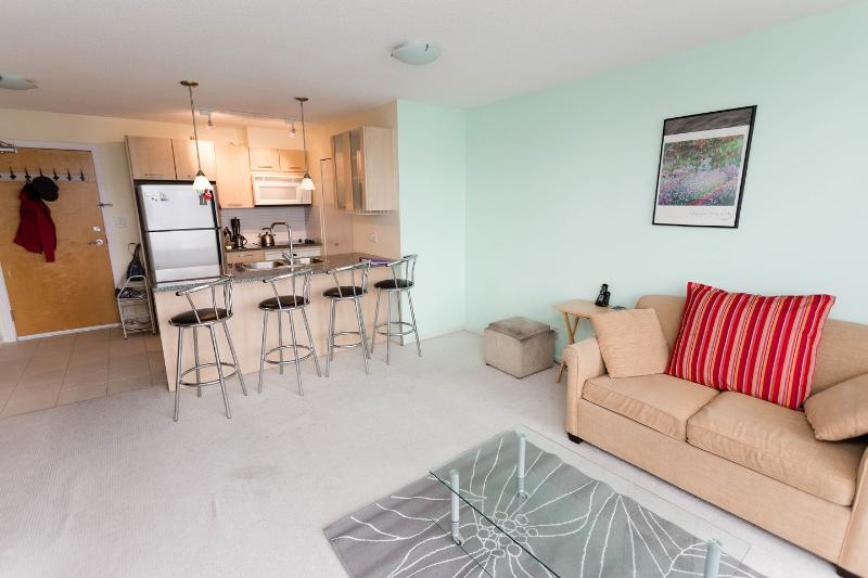 Living Room - Amazing Downtown Vancouver Condo! - Vancouver - rentals