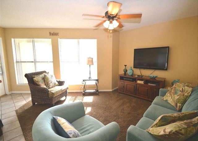 Additional View of Living Room Area - Distant Gulf Views ~ Bender Vacation Rentals - Gulf Shores - rentals