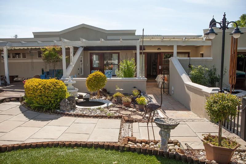 Kaya La Provence, Self catering Cottage - Image 1 - Constantia - rentals