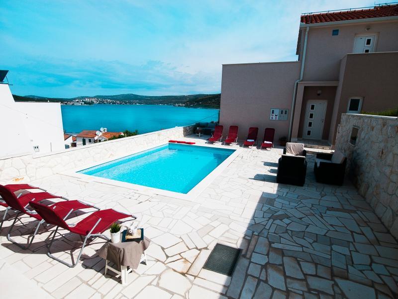 Villa Mona - Roz 134 - Image 1 - Razanj - rentals