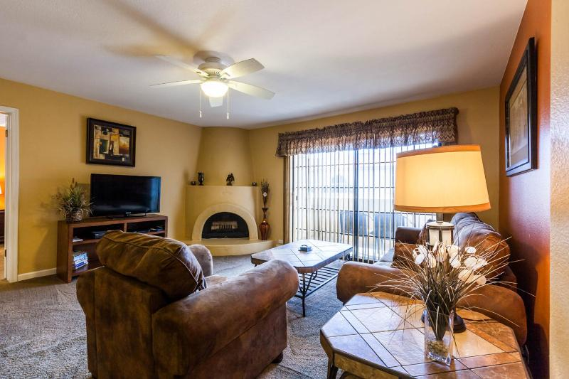 Perfect and Modern - Pointe Resort Kiva Condo - Image 1 - Phoenix - rentals