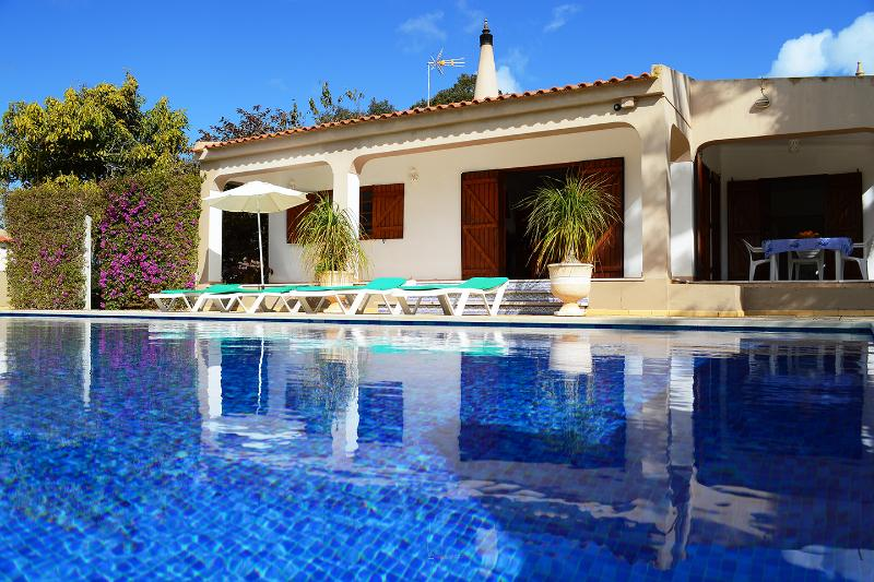 VILLA  with Large Gardens, Heated Pool and Jacuzzi - Image 1 - Lagos - rentals
