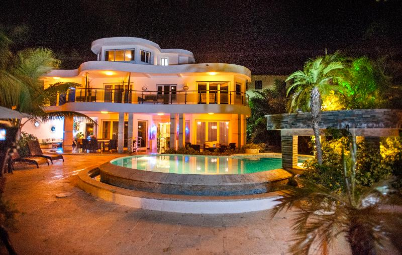 Stunning Glamorous Villa. - Sosua Bachelor Party Hollywood Style Villa - Sosua - rentals