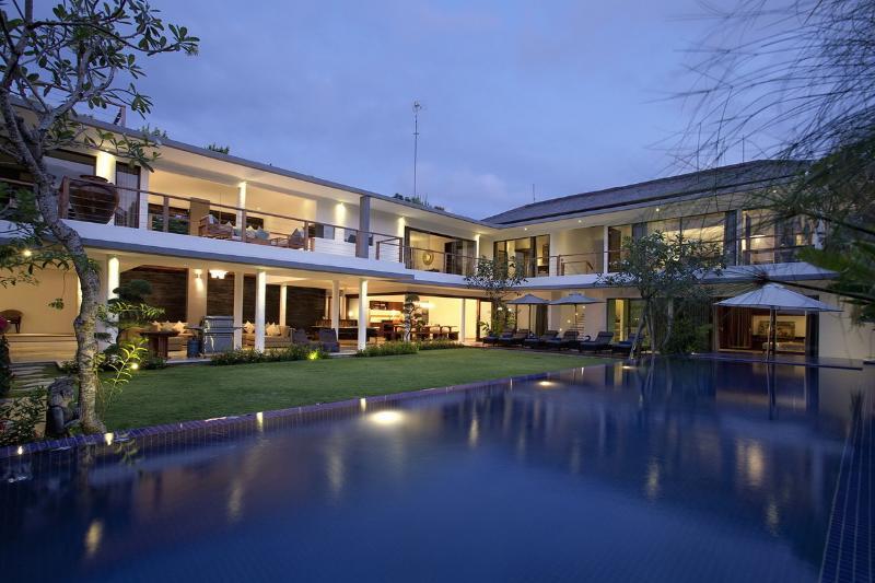 Jimbaran Villa 3353 - 5 Beds - Bali - Image 1 - Jimbaran - rentals