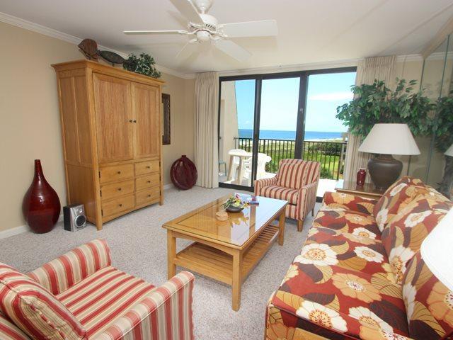 Living area - Island Club, 3501 - Hilton Head - rentals