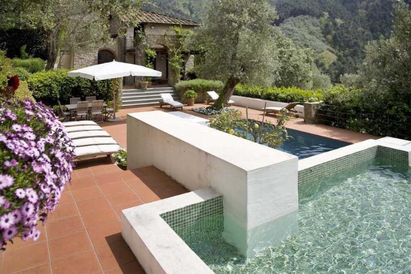 Versilia Villa with Pool near Town - Villa Nocchi - Image 1 - Nocchi - rentals