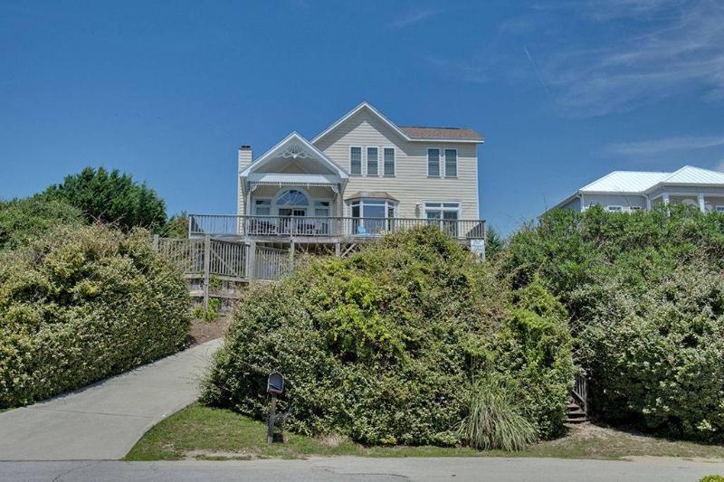 Sakonnet Cottage - Image 1 - Emerald Isle - rentals