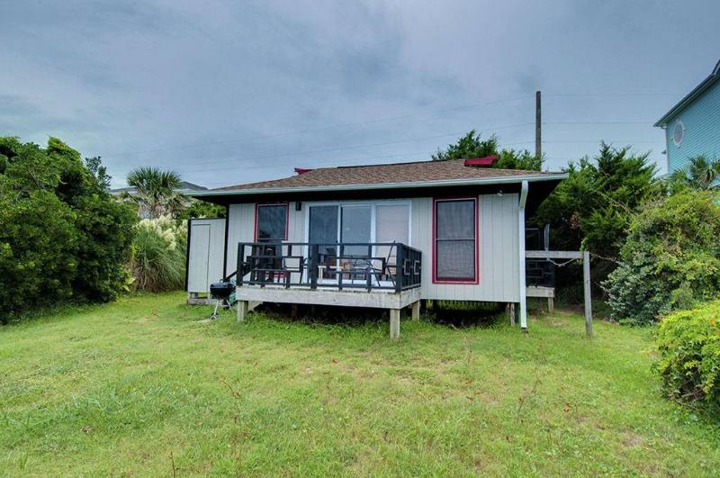 August Moon Teahouse - Image 1 - Emerald Isle - rentals