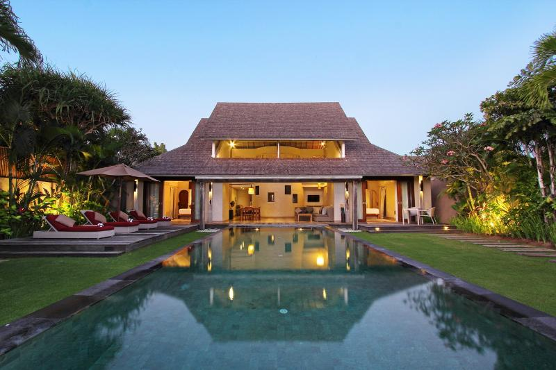 Pool Area - Space at Bali - 2 Bedroom Private Villas - Seminyak - rentals