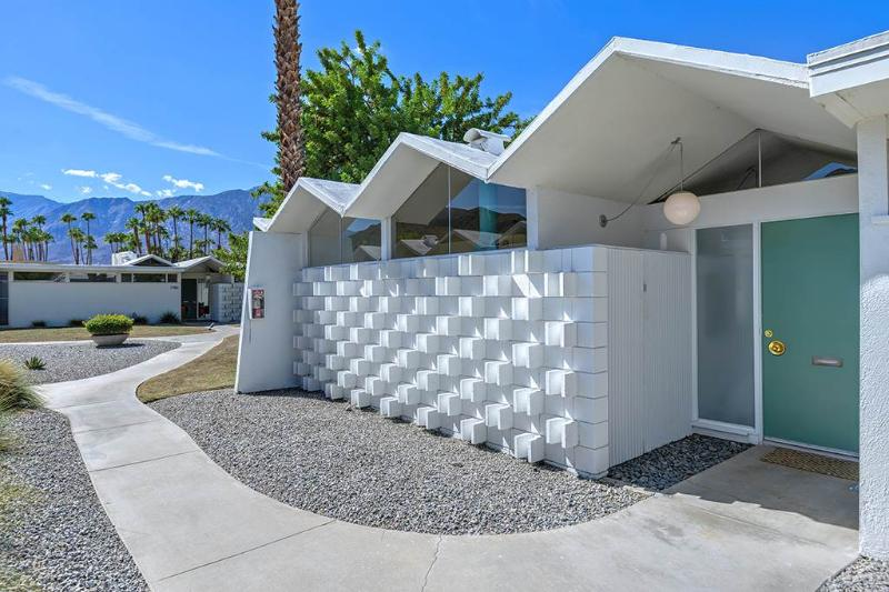 Park Imperial South iCon - Image 1 - Palm Springs - rentals