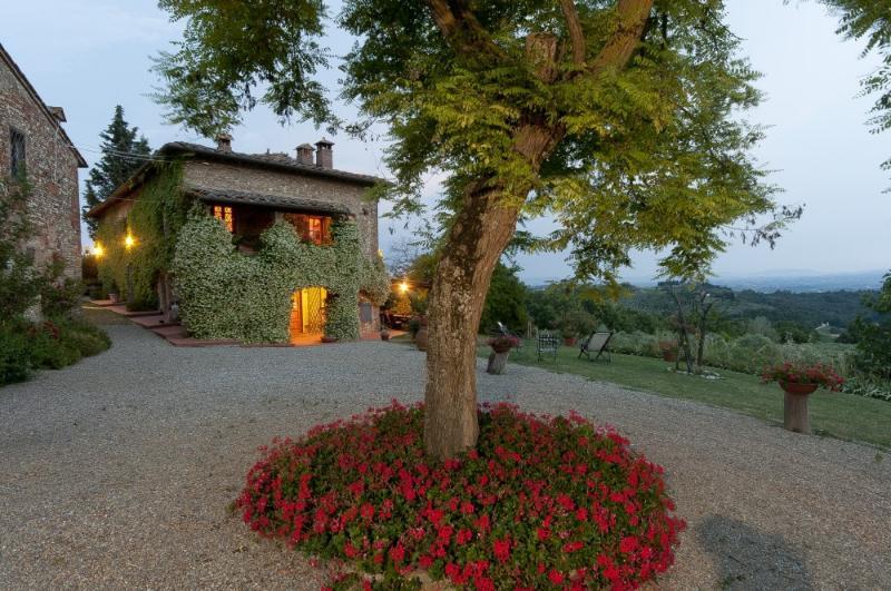 VILLA CASTIGLIONI - Image 1 - Lucardo - rentals