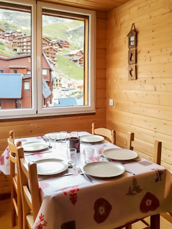 Modern and central flat in the heart of Val Thorens with unobstructed mountain views & WIFI - Image 1 - Val Thorens - rentals