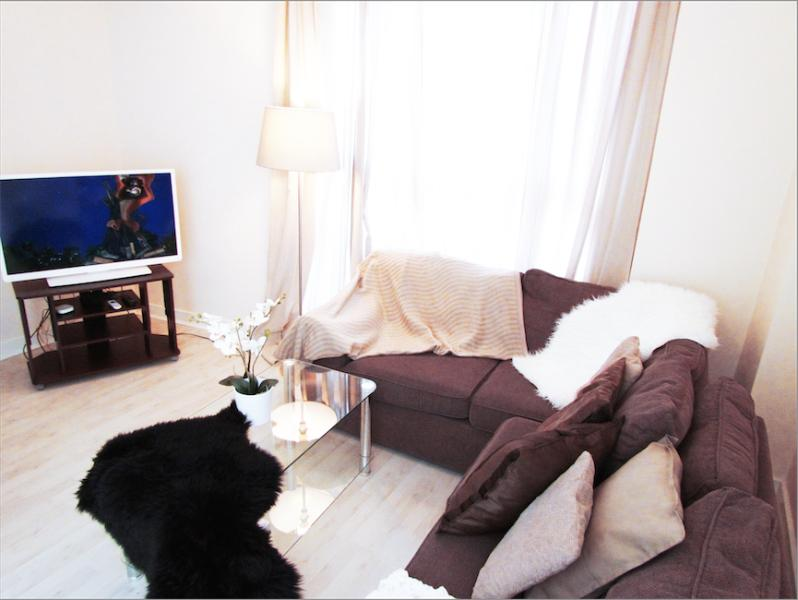 1 Bedroom Apartment in the City of London - Image 1 - London - rentals
